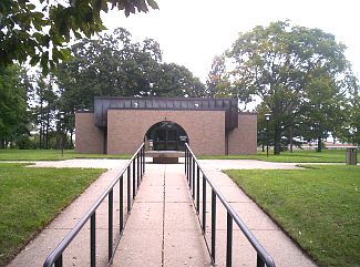 Visitor Center at Indian Moundbuilders, Ohio
