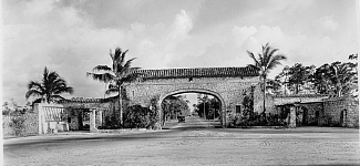 Tamiami Trail Gate
