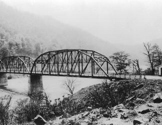 Prince Bridge over New River