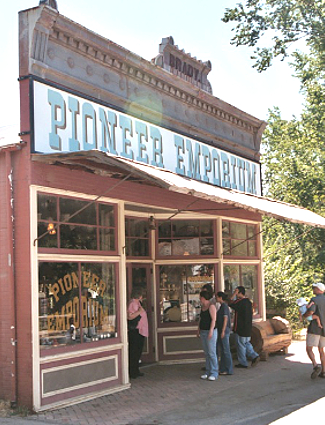 Pioneer Emporium, Columbia State Park