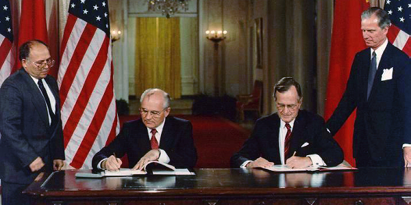 Signing of the 1990 Chemical Weapons Accord